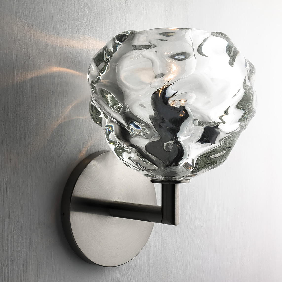 clear round happy elbow sconce