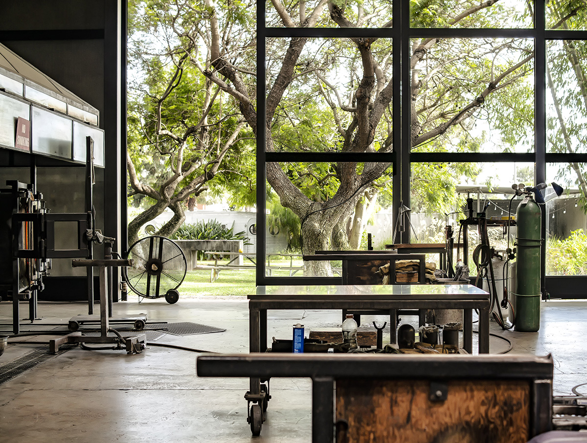 California glassblowing studio, Siemon & Salazar, Caleb Siemon Carmen Salazar