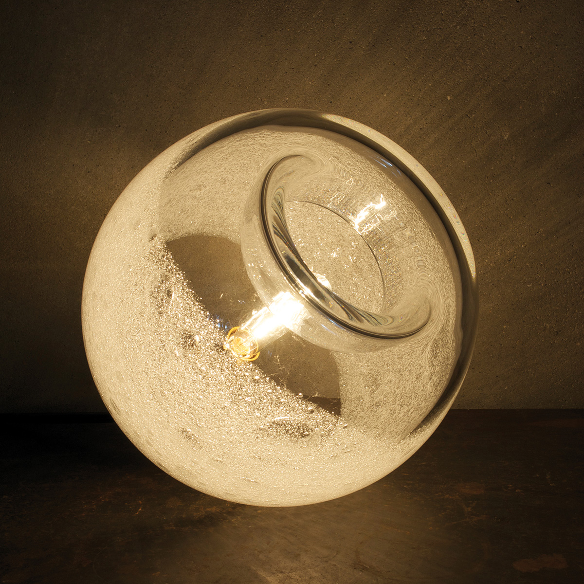 clear bubble orb table lamp